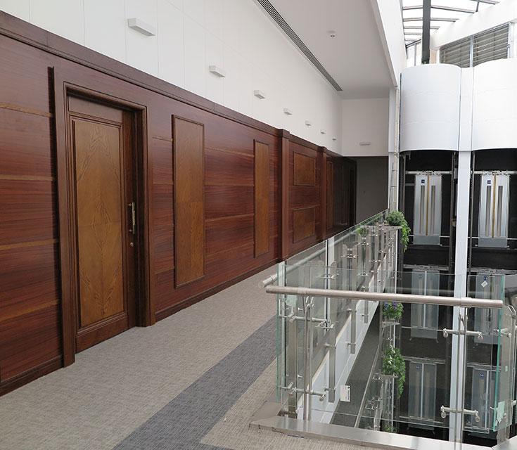 ساختمان مرکزی بانک گردشگری (شرکت سی بن سازه)